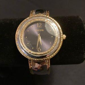 🔥Chicos two-tone bracelet watch. NWT